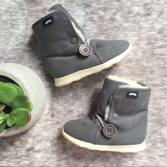bc4d038051f NATIVE Luna Winter Boots. M 5b0c372ca44dbec61f981029